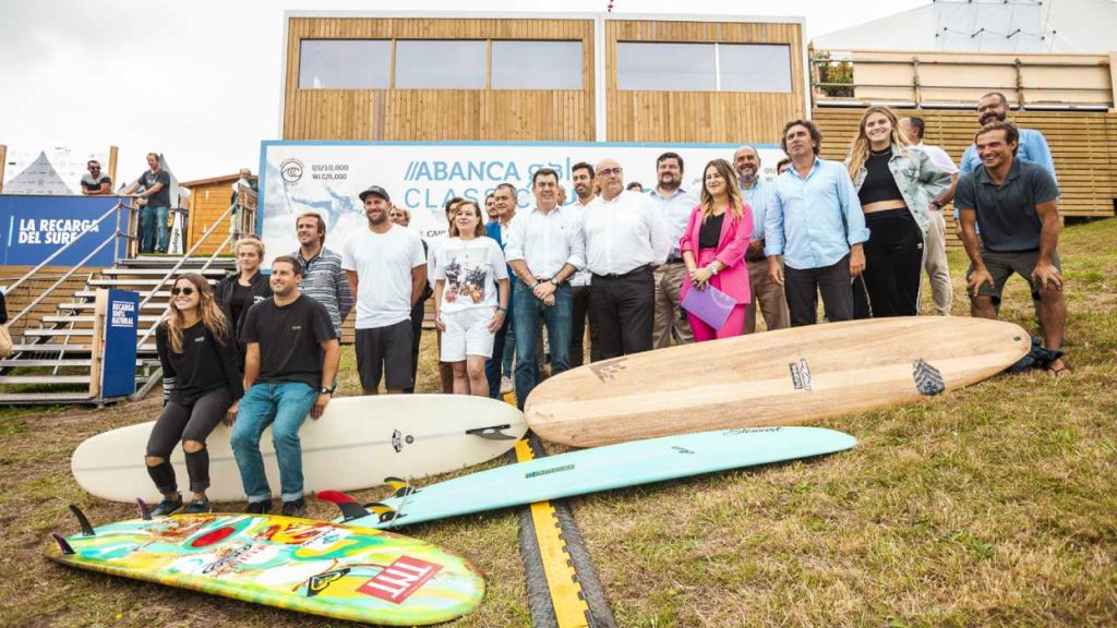 The ABANCA Galicia Surf Pro is presented as a unique surfing event in Europe